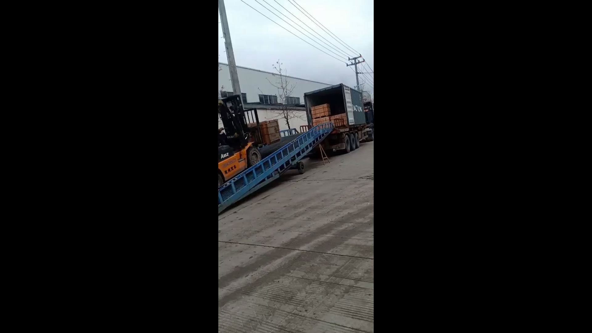 Bucket Teeth And Bucket Adapters' Container Loading